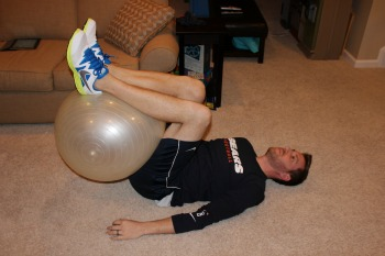 Reverse crunch with exercise ball